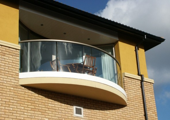 Modern homes wrought iron balcony railing designs ideas.