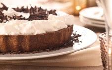 Receita de Torta gelada de chocolate com creme batido