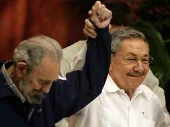 """CONFIDENCIAL / Maduro viajó a Cuba en secreto antes del """"sacudón"""""""