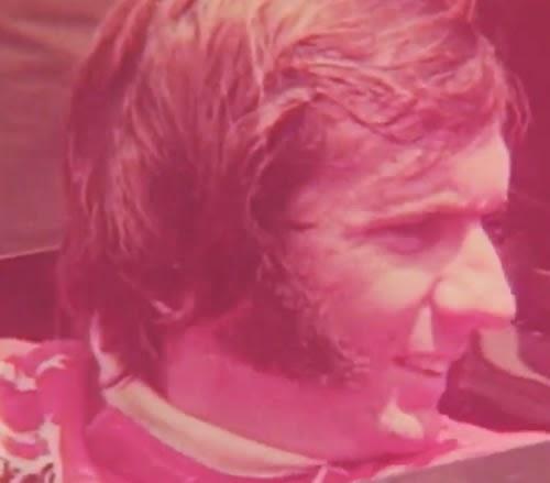Emerson Fitipaldi foi o garoto propaganda dos Relógios Timex, em 1974.