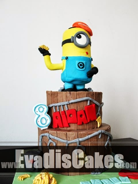 Fullview of Minion with cap cake
