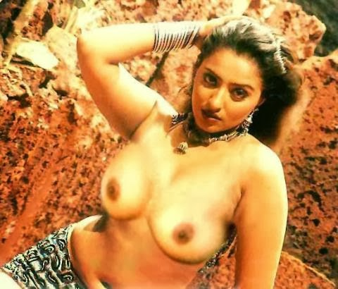 mumtaj topless exposing her big busty boobs and nipples sex porn