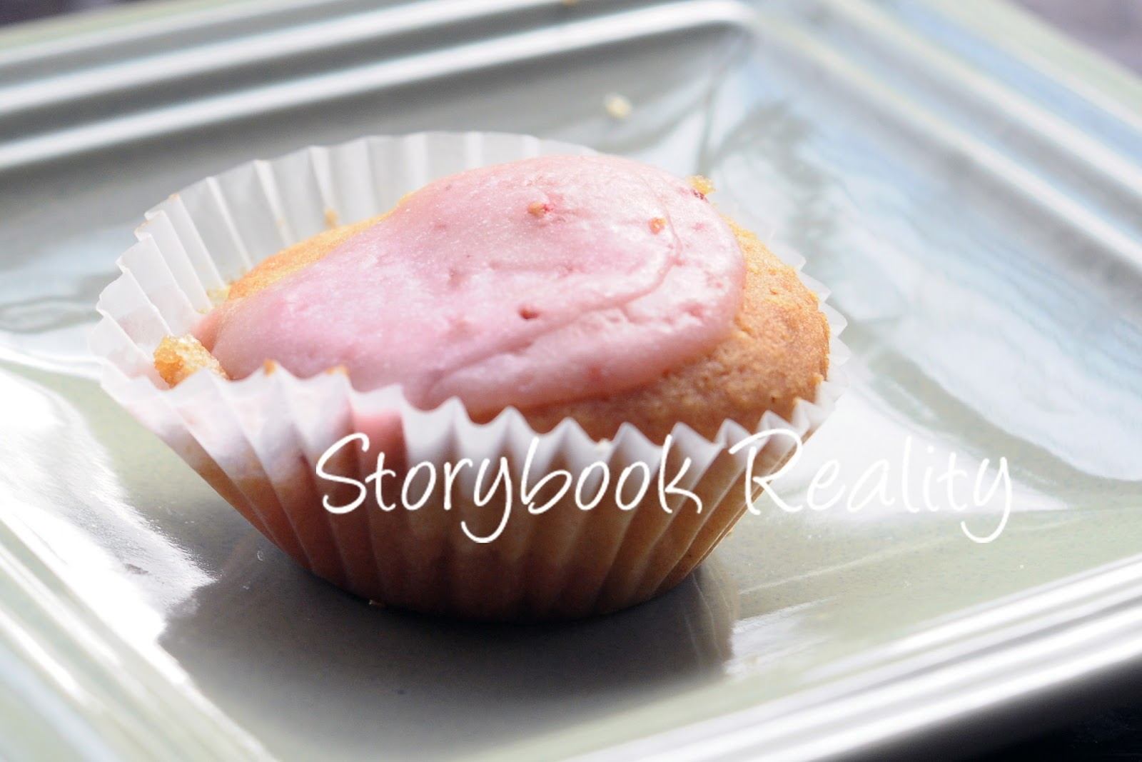 Strawberry Mini Cupcakes