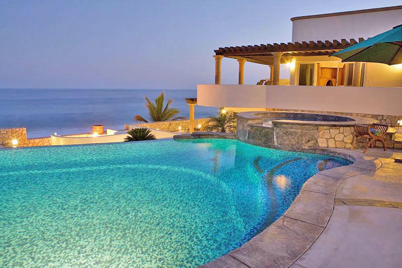 Piscinas privadas las mejores piscinas rusticas ii for Mejores piscinas