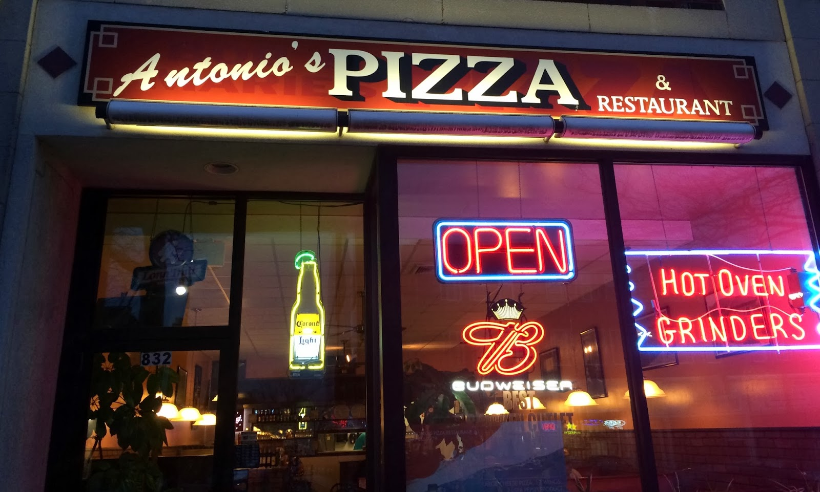 A Couple In The Kitchen Taste Of Manchester Antonios Pizza