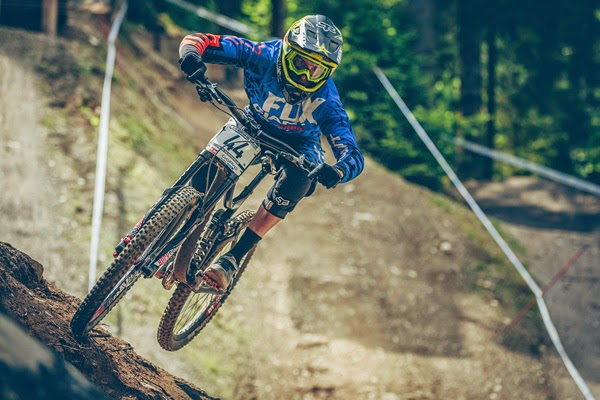 2014 Leogang UCI World Cup Downhill: Qualifying Highlights Andrew Neethling