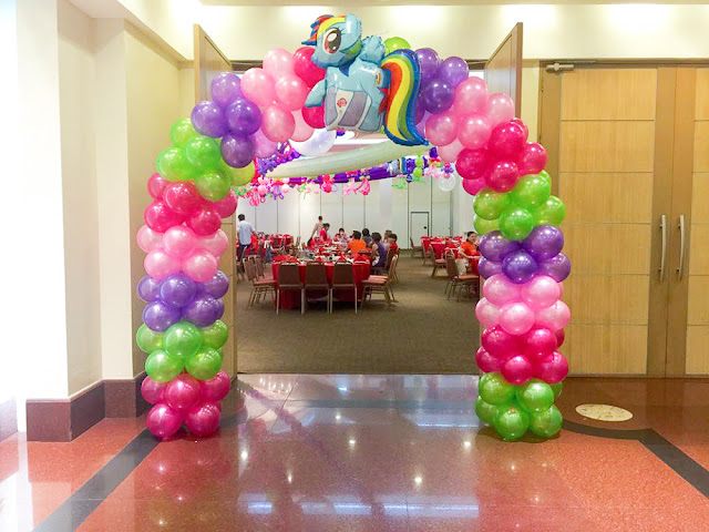 My Little Pony balloon arc