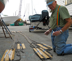 Marathon Boat Yard provided a great place to spread out the 400' of chain for painting.