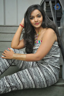 Nithya shetty hot photos