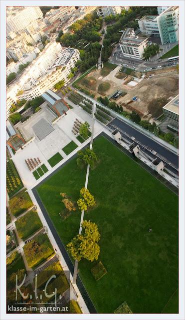 Diagonaler Weg, Parc Andre Citroen, Paris