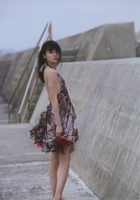 Yajima Maimi 矢島舞美 Nobody Knows 23 Photobook 写真集 02