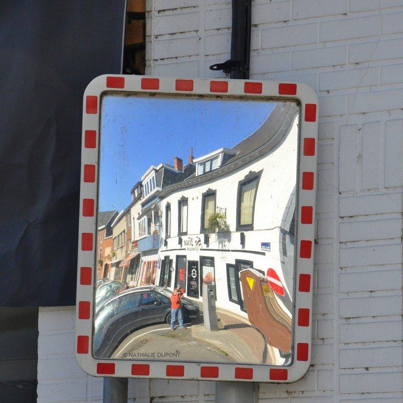 Au fil de la photo mars 2012 for Reflet dans un miroir