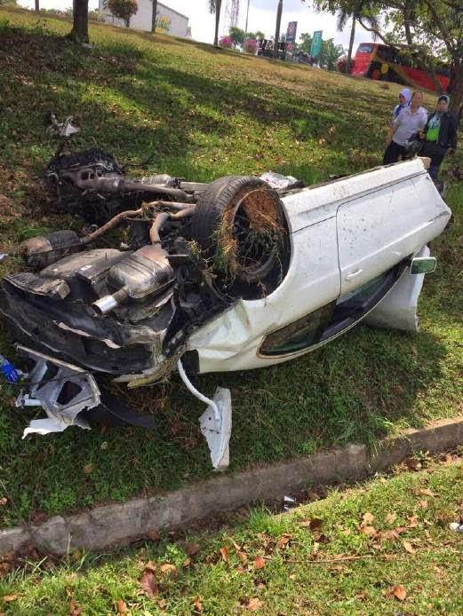 Gambar Awal Asari Kemalangan Kereta BMW 6 Series Terbalik