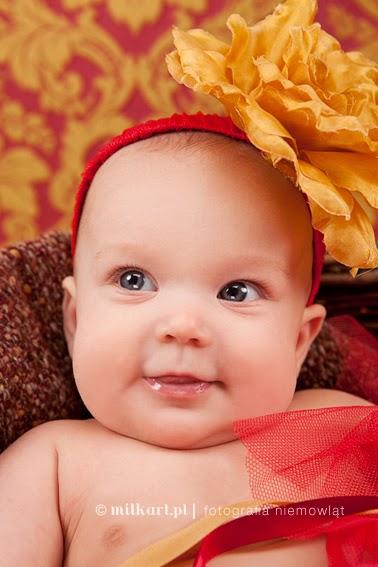 fotografia niemowlaków, sesje zdjęciowe dzieci, fotograf dziecięcy, sesja fotograficzna na prezent, fotografia noworodków