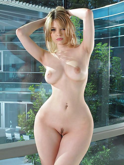 фото голых высоких девушек
