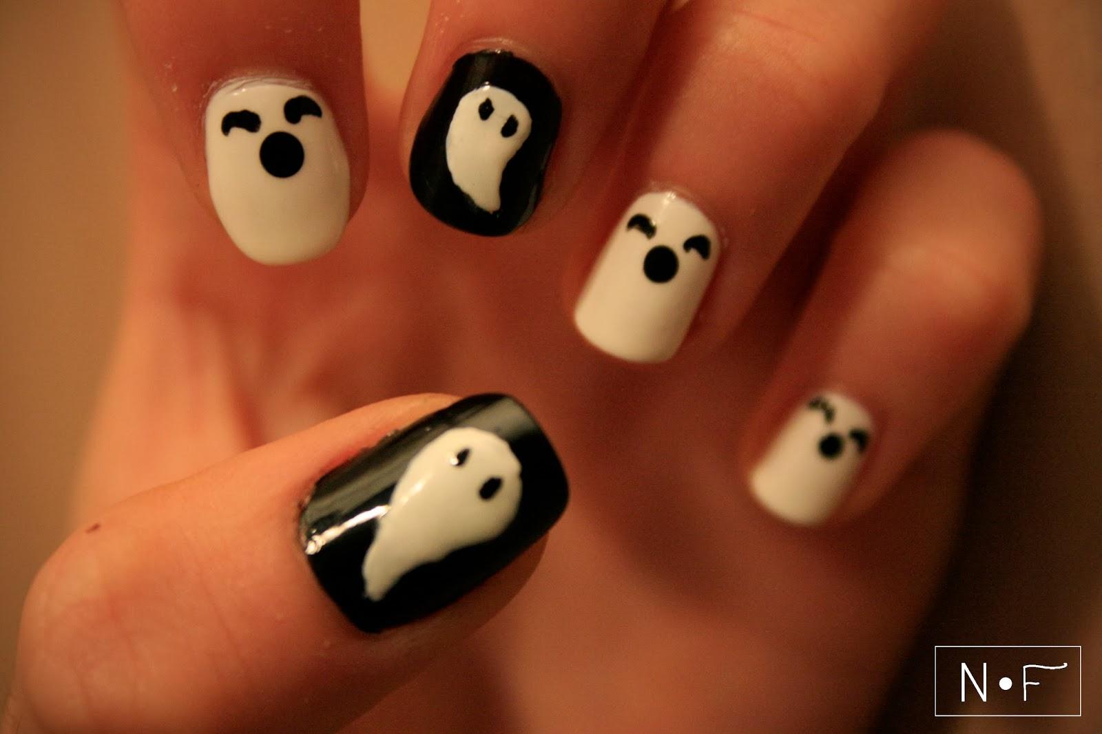 http://nerdyfleurty.blogspot.com/2013/10/ghosts-for-halloween.html