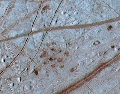 Scientists turn eyes toward Europa for life