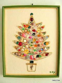 Natal com peças de bijuteria