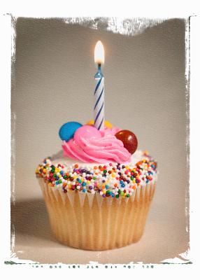 Verjaardagscandy bij 2sistersontheblog