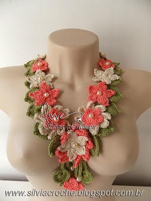 flores de croche, colar de flores, croche, crochet, colar feminino, moda feminina