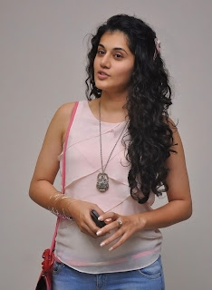 Actress Tapsee Pannu Latest Pictures 018.jpg