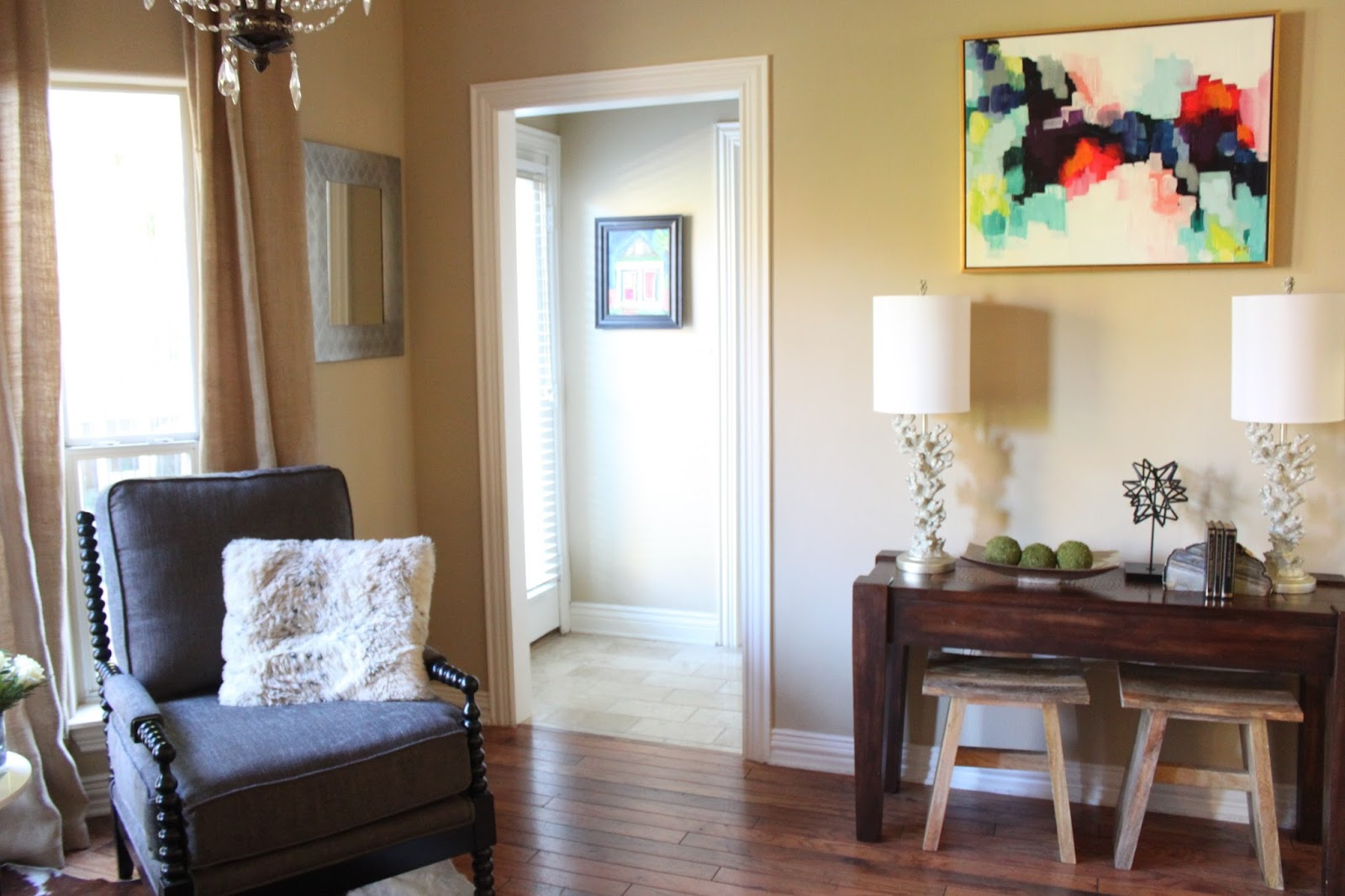Crafty Texas Girls: Sitting Room Makeover (Transitional Style)