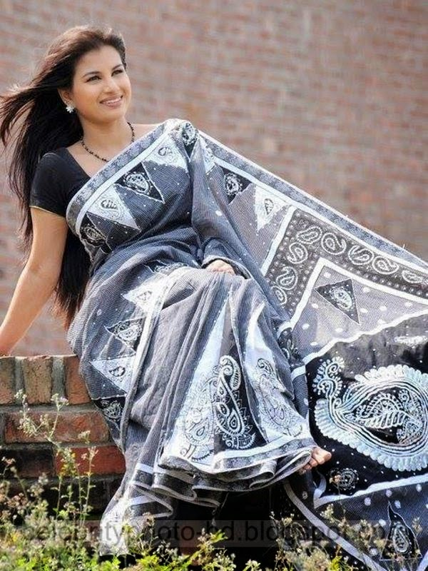 Top+Bangladeshi+Model+&+News+Presenter+Farhana+Nisho's+Latest+Hot+Photos+Gallery+2014 2015010