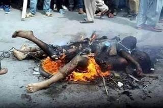 http://dayahguci.blogspot.com/2016/02/sadis-foto-pelaku-begal-dibakar-hidup.html