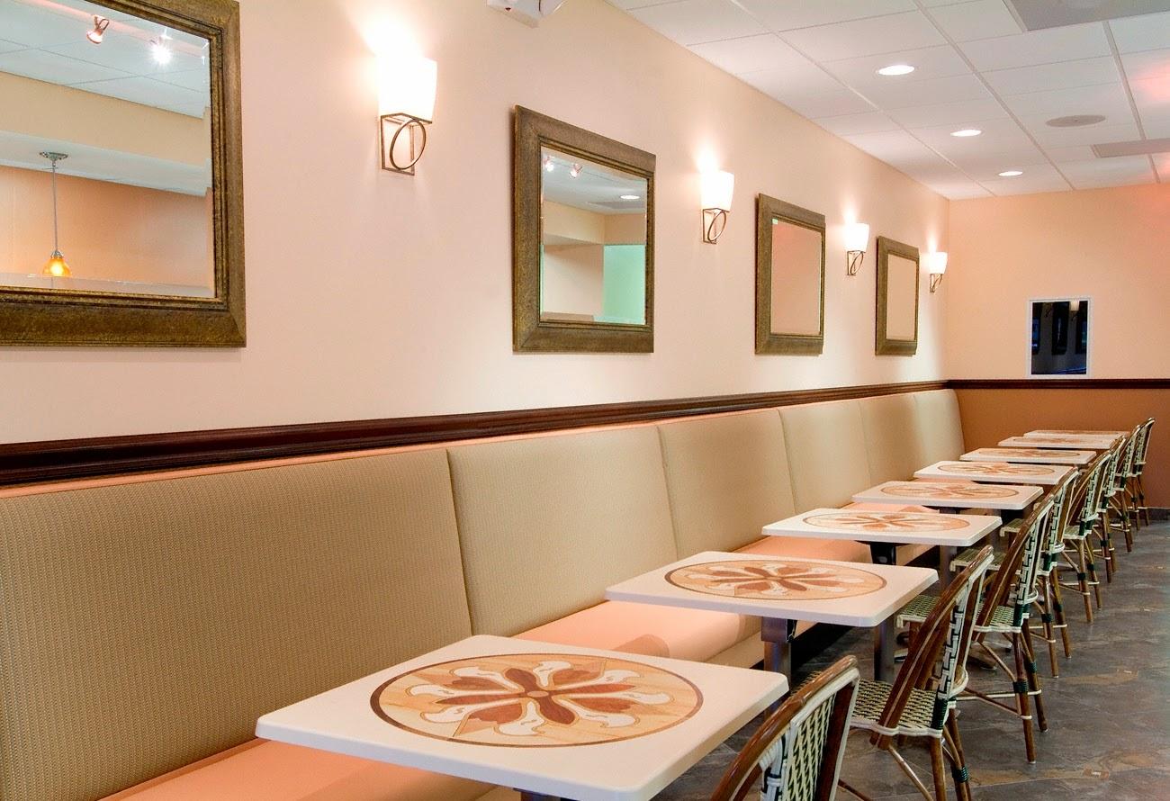 Blog de decora o arquitrecos bancos estofados para for Modelos de mesas para cafeteria