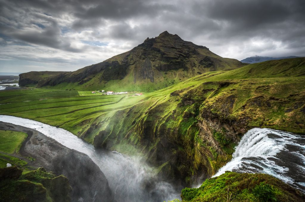 8. Skogafoss is the highest falls in Iceland