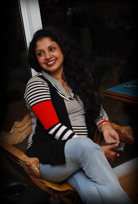 Dilhani Ashokamala Hot