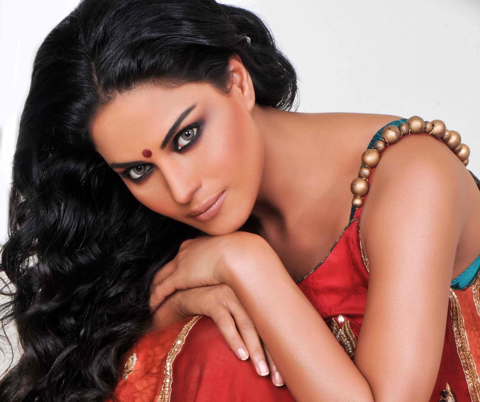 Veena Malik HD Wallpapers Free Download
