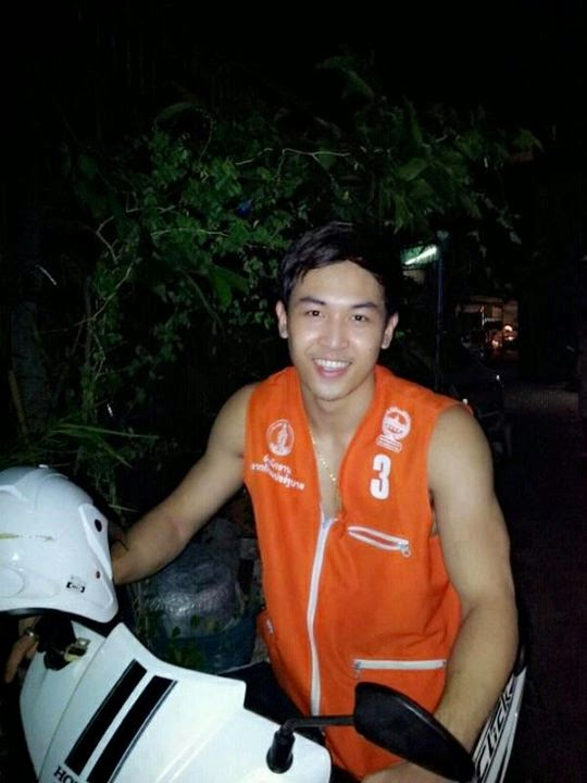 motorbike taxi service in Koh Samui Thailand, Fare charge 20 Baht per kilometer
