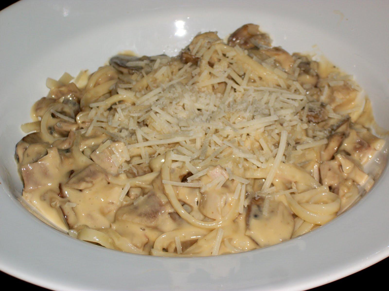 Yum, Let's Eat!: Quick and Easy Turkey Tetrazzini