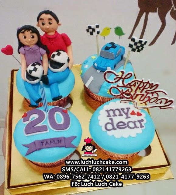 Cupcake Tema Mobil Drag Race daerah Surabaya - Sidoarjo