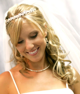 bridal hair for long curly hair