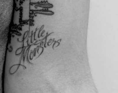 Lady hump versus of the ink lady gaga v dead amy winehouse for Higher ground tattoo