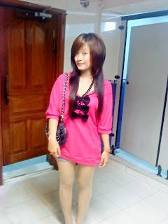 Khmer girl Coca Mini with short jean 7