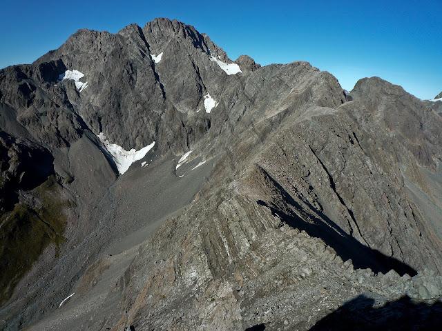 Łukasz Kocewiak - Mt Rolleston widziany z grani
