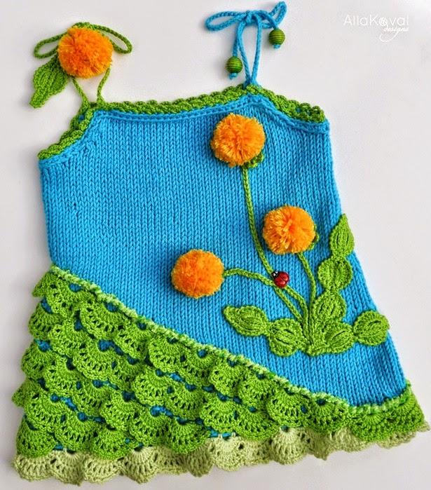 Solera de niña tejida con dos agujas decorada con apliques al ...