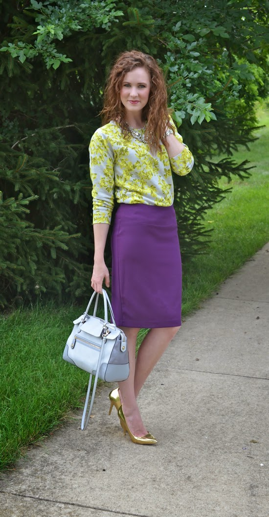 Fashion Outfits with Gold Pumps