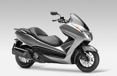 Motor Honda NSS300 Forza