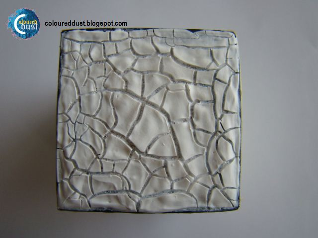 Use Acrylic Paint To Fill Cracks In Leather