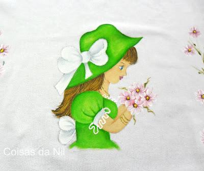 """""""boneca com roupa verde e chapéu para saia de croche"""""""