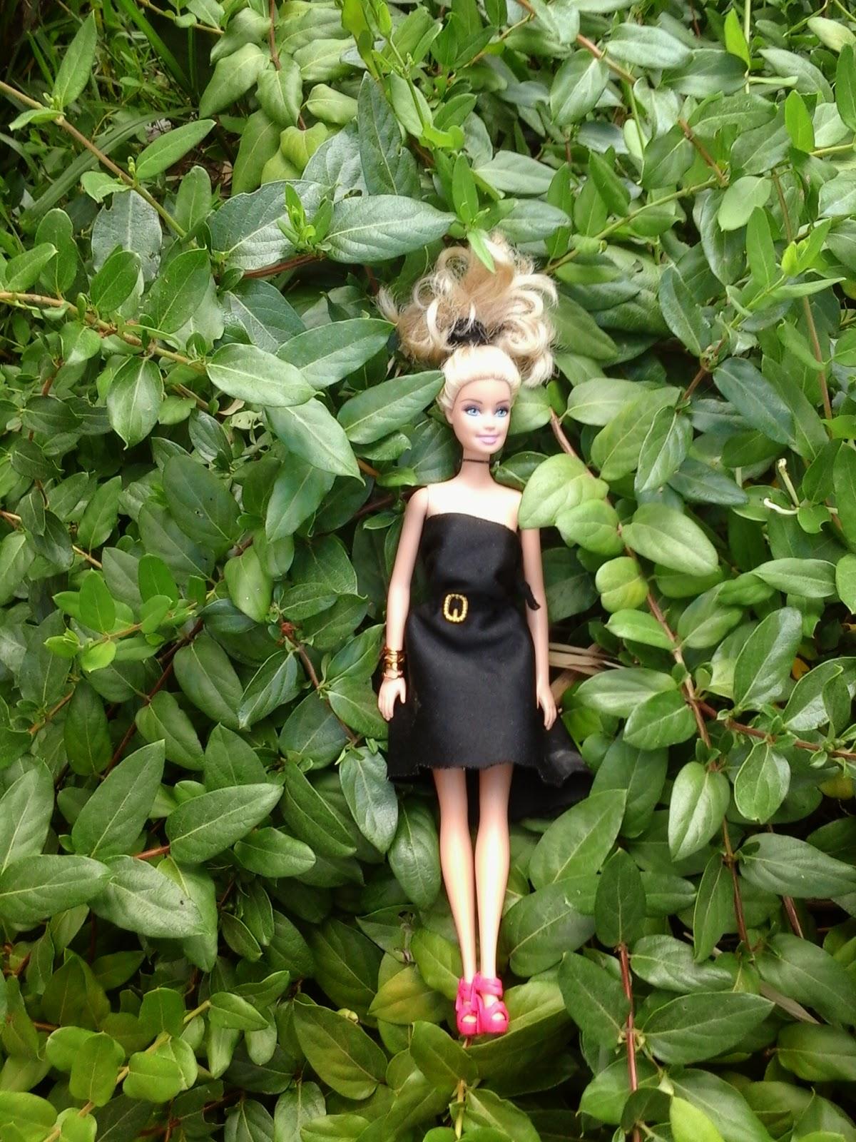 look do dia barbie loira folhagens