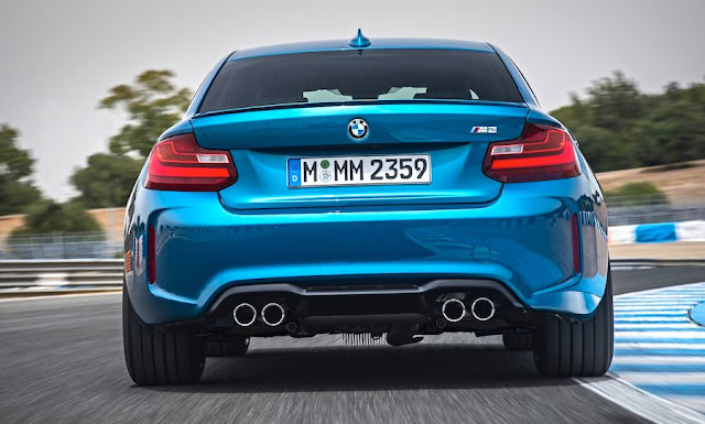 BMW M2クーペ リア