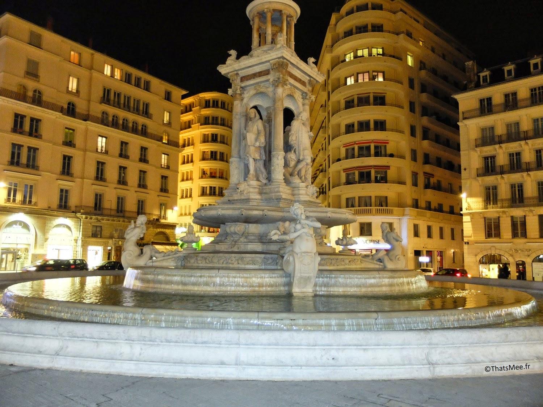 Lyon, fontaine Place des Jacobins visiter Lyon ThatsMee.fr