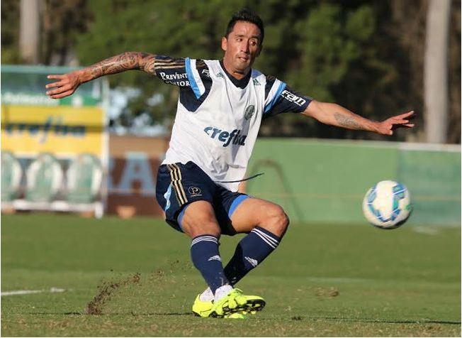 Barrios deve ser novidade na visita do Palmeiras ao Cruzeiro neste domingo