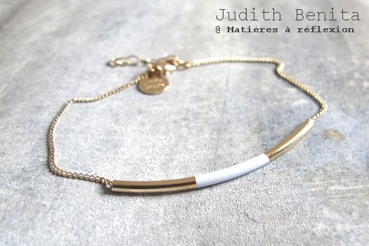 Bracelet doré bleu ciel Judith Benita bijoux Tube