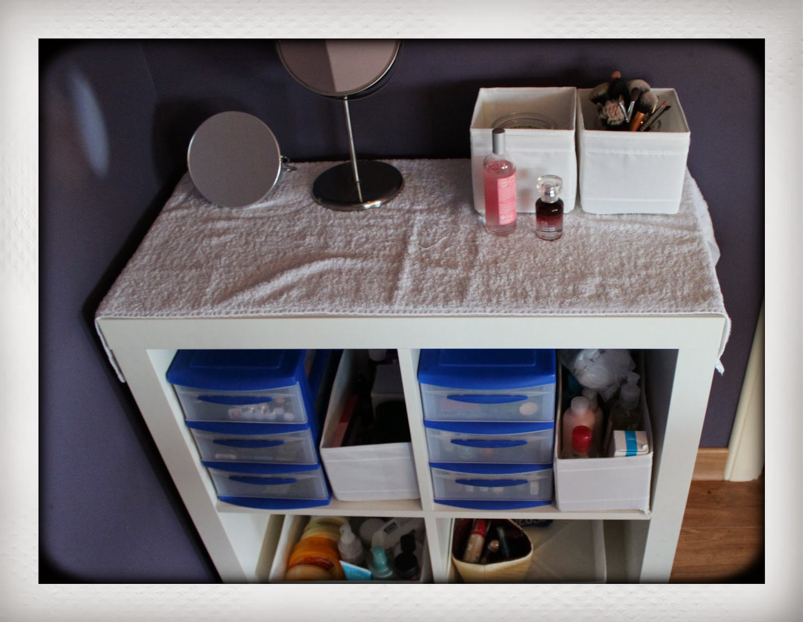 Mijn make up organization!   My Top Knot